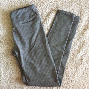 Eddie Bauer Herringbone Fleece Lined Gray Leggings